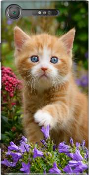Cute ginger kitten in a flowery garden, lovely and enchanting cat Case for Sony Xperia XZ1