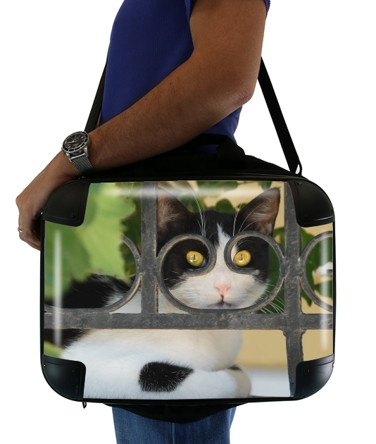 "Cat with spectacles frame, she looks through a wrought iron fence for Laptop briefcase 15"" / Notebook / Tablet"
