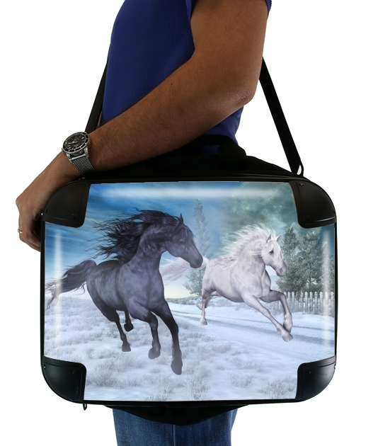 "Horse freedom in the snow for Laptop briefcase 15"" / Notebook / Tablet"